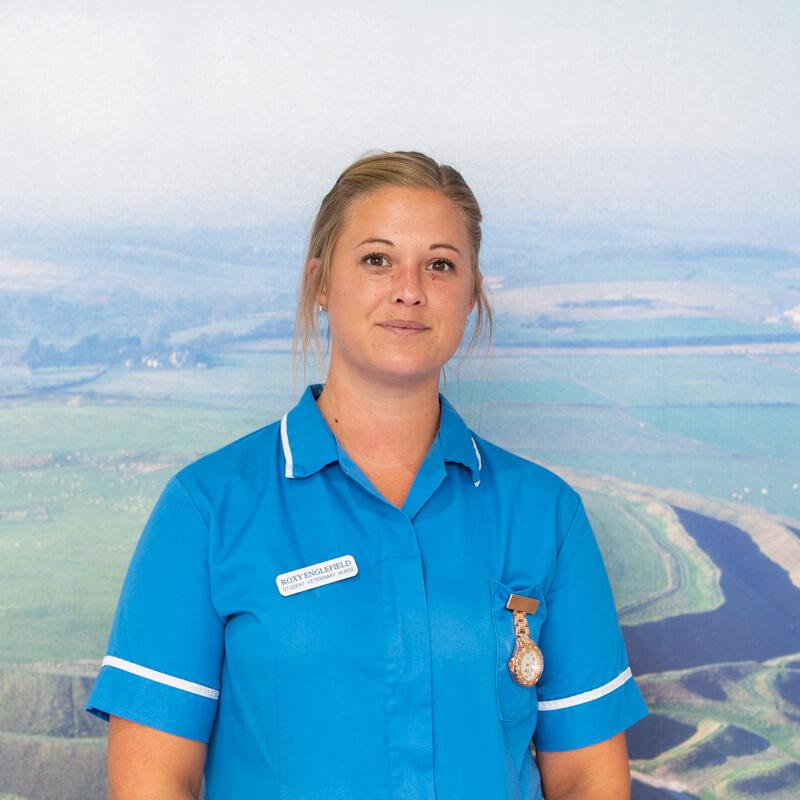 castle-vets-dorchester-weymouth-staff-roxy-englefield