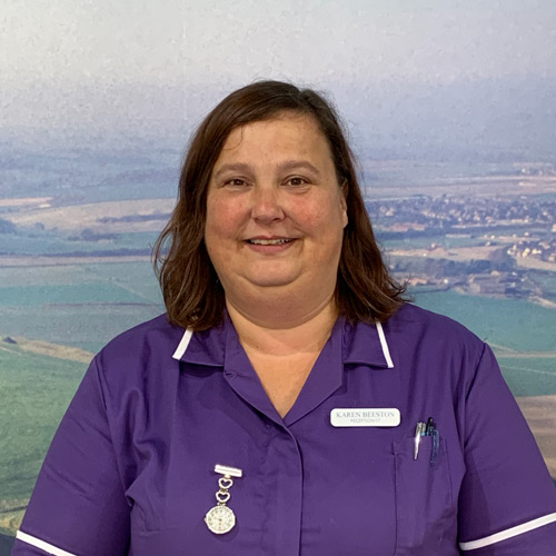castle-vets-dorchester-weymouth-staff-karen-beeston